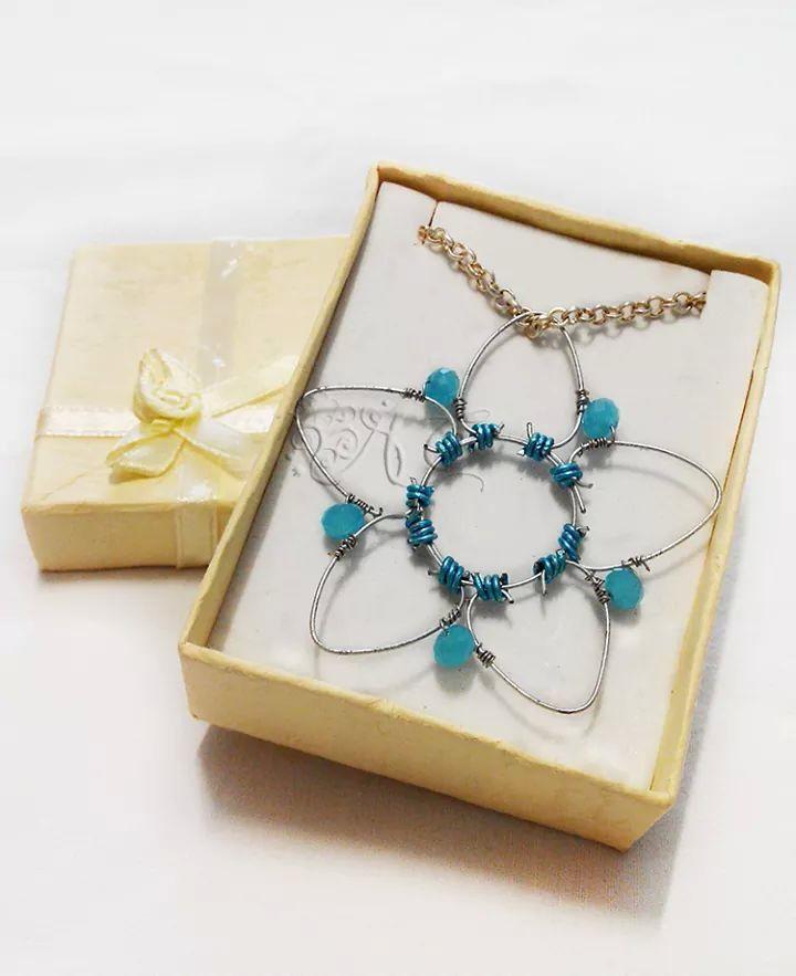 #star #wire #pendant