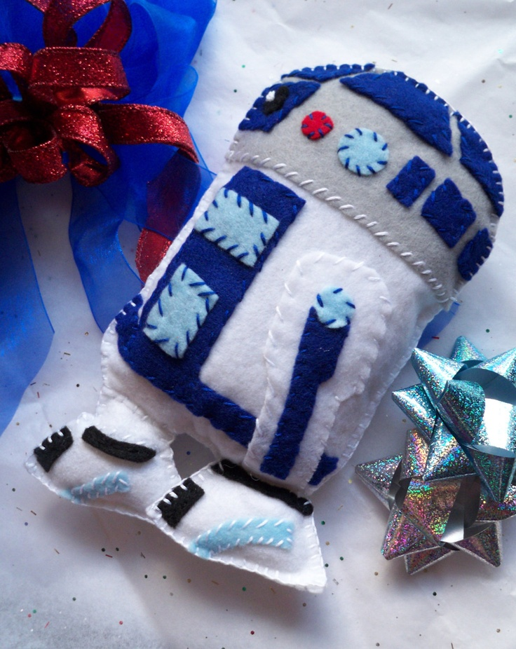 R2D2 Robot from Star Wars Plush Character Toy by TheWhitePoppy, $18.00