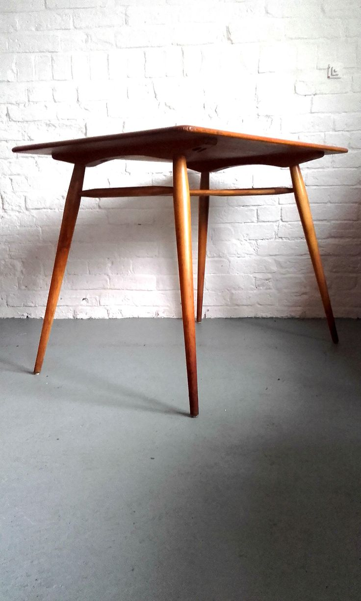 Vintage retro ercol drop leaf round dining kitchen table ebay - Whittake Gray Sell Lovely Compact Ercol Dining Table In Elm And Beech Perfect For A Small Kitchen Or Dining Room
