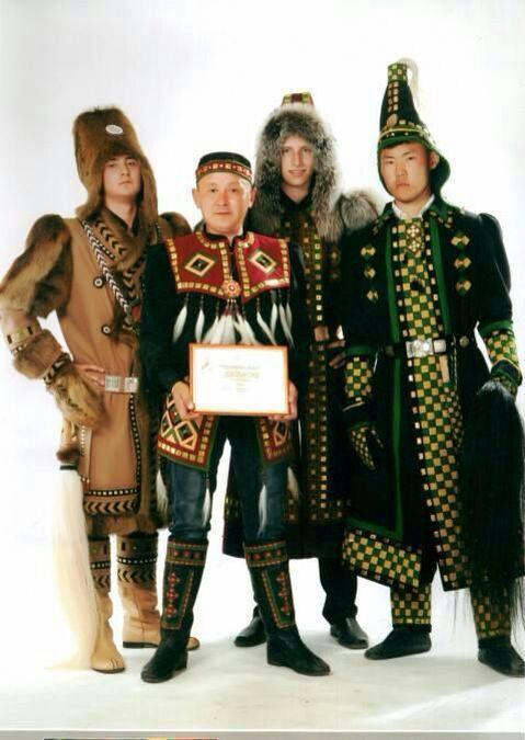 Мужская коллекция якутских костюмов Николая Никитина