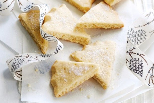 Buttery, lightly golden and impossibly moreish, this traditional shortbread will delight loved ones at Christmas time.