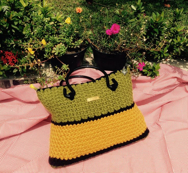 star crochet bag