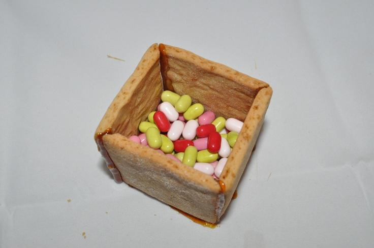 Una scatolina di biscotto per mille occasioni: http://www.kikkascakes.com/Kikkas_Cakes/ricette-2/ricette-dolci/una-scatolina-di-biscotto/