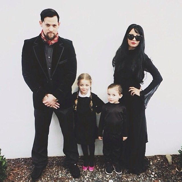 It's the Addamsfamily! With some black threads, any group can copy this dark but fun look from Nicole Richie, Joel Madden and kids.