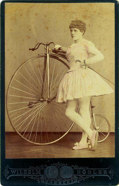File:Ballerina mit Hochrad.jpg