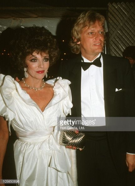 Nachrichtenfoto : Joan Collins and Husband Peter Holm during...