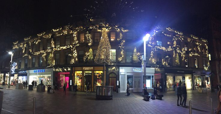 Princes Street, Glasgow looks beautiful with these Christmas lights. If your in the area, pop round the corner to the Argyll Arcade and visit one of our Fraser Hart shops! http://www.fraserhart.co.uk/ustorelocator/location/map/