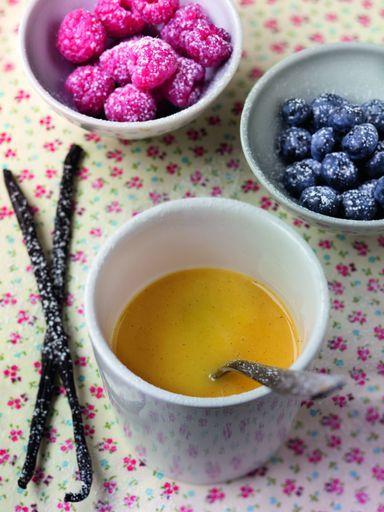 Crème anglaise fine - Recette de cuisine Marmiton : une recette