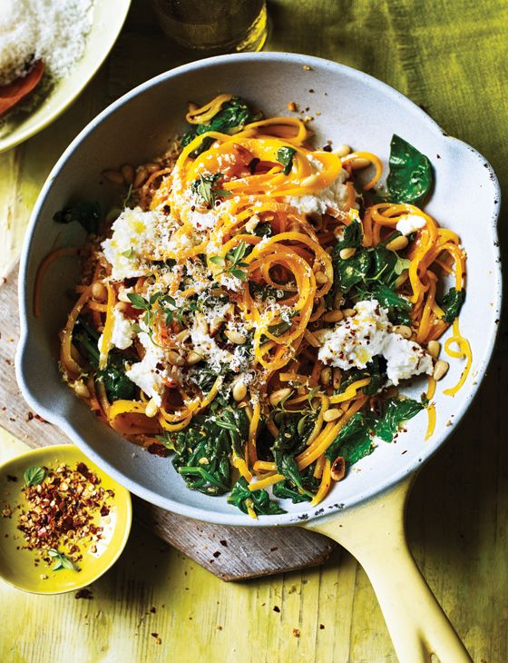 Butternut noodles with spinach and ricotta - An ideal, healthy and gluten free weeknight dinner