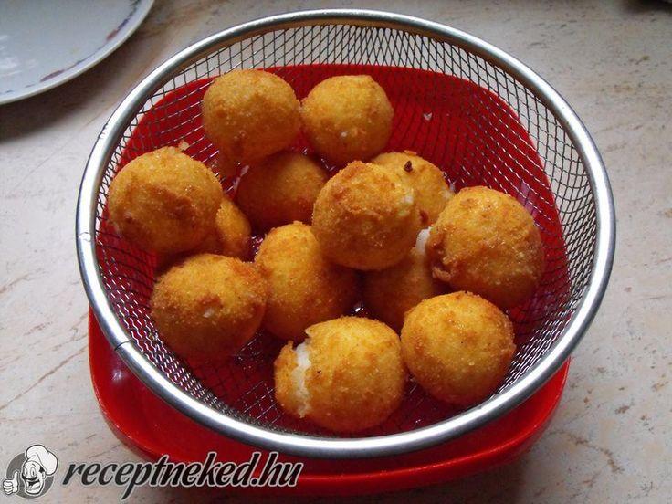 Kipróbált Sült krumpligolyó recept egyenesen a Receptneked.hu gyűjteményéből. Küldte: Regina