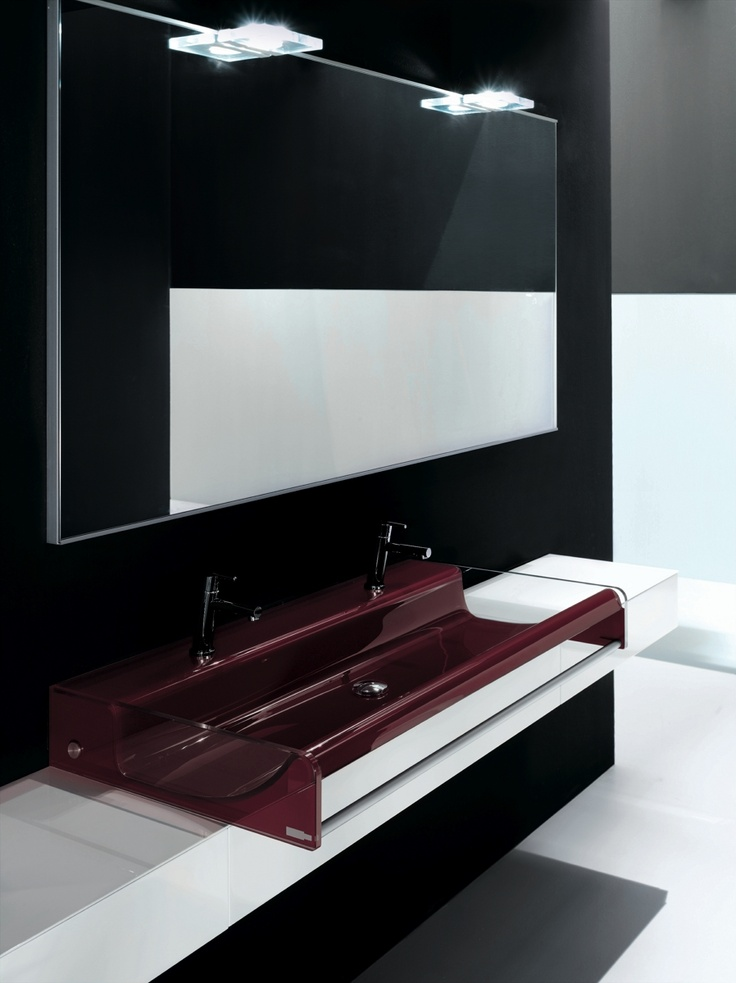 KUBIK 62 - Composition lacquered L58 Bianco glossy brushed. Top lacquered L58 Bianco glossy brushed. Glass washbasin mod. Shine 108 G88 Red.
