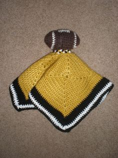 Amy's Crochet: Football Lovie Blanket