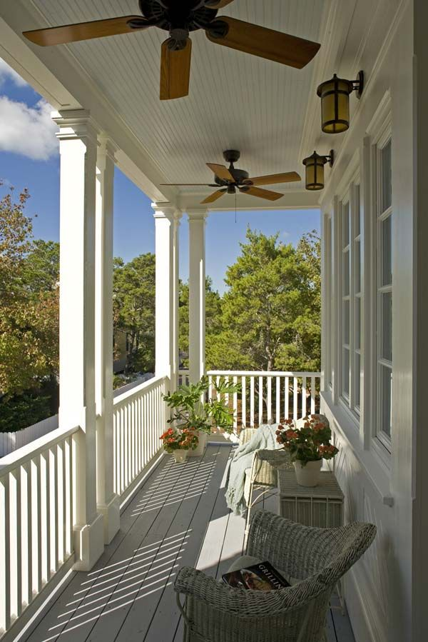 want a front porch with rocking chairs and cup of coffee! ahhh