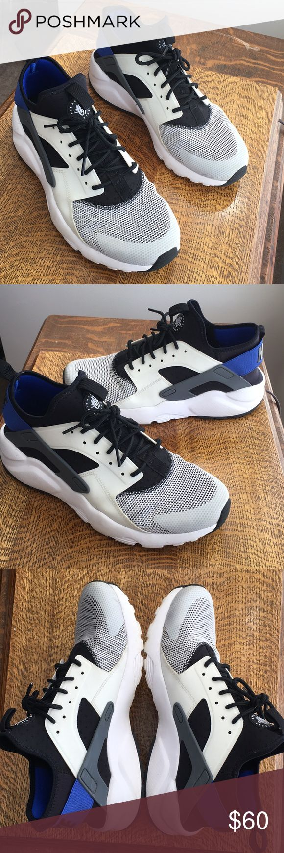 Nike Huaraches Black-White-Blue Nike Huaraches // Size 11 (Fits 10-10 1/2) // Condition is Used but good.  7/10 -8/10 with some small scuffs and fading on the white. Nike Shoes Athletic Shoes