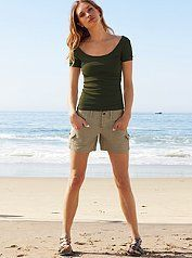 Shorts outfits for women over 40