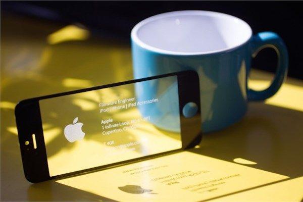 İş dünyasında birbirinden farklı ve yaratıcı kartvizitler kullanılıyor. İşte öne çıkan yaratıcı kartvizitler...