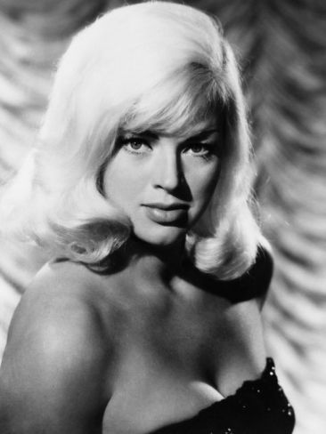 West 11, Diana Dors, 1963