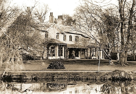 Woodbridge House was the home of the first Governor of the Swan River Colony (later Western Australia), Admiral Sir James Stirling.