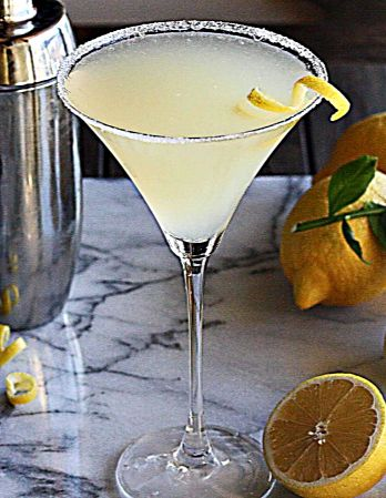 The Perfect Lemon Drop Martini   The Hopeless Housewife