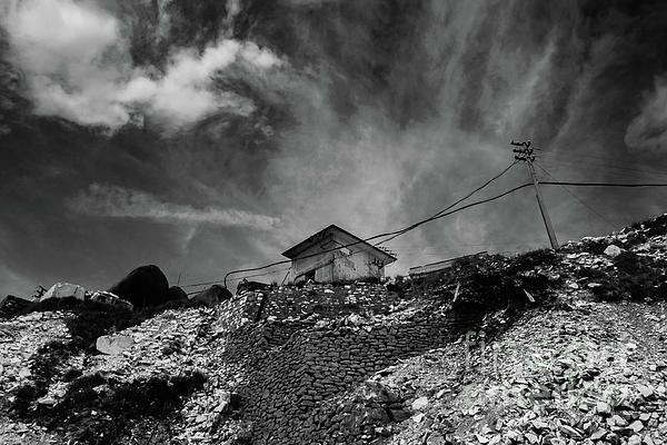 A spasso per la cava Cervaiole - Alpi Apuane  #marble #alpiapuane