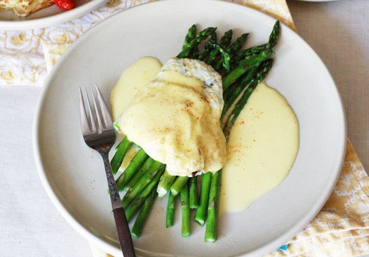 easy hollandaise :: @Robyn D :: how funny... saved me trying to find ...