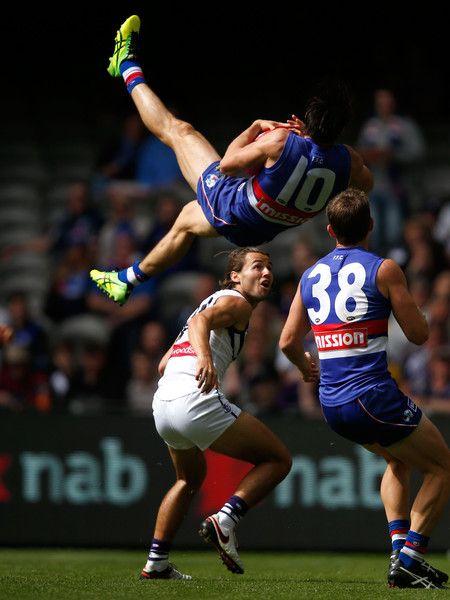 AFL Rd 1 - Western Bulldogs v Fremantle