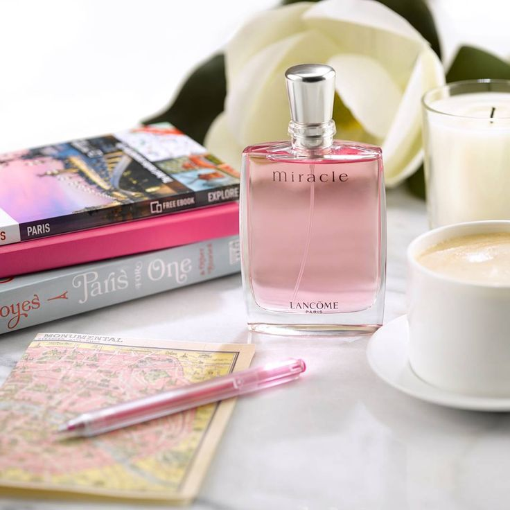With its fruity heart and notes of magnolia, jasmine and ginger and a soft powdery base of musk and amber, nothing says 🍃Paris-in-the-springtime🍃 quite like our fragrance *Miracle*! #Lancome #Miracle #Perfume