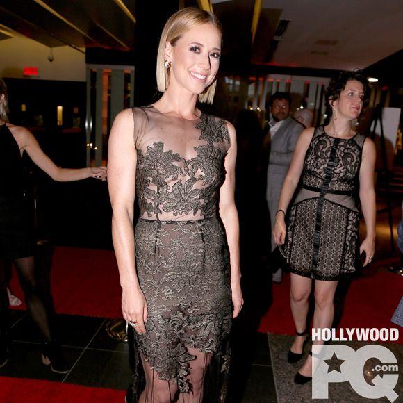 Karine Vanasse en vedette dans la série Cardinal à CTV | HollywoodPQ.com