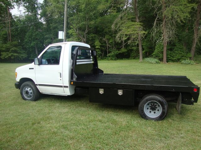 Ford 7.3 Diesel For Sale >> E350 7.3 Diesel 11' CM Flatbed Cold AC | Trucks For Sale | Pinterest | Diesel, 4x4 and Vehicle