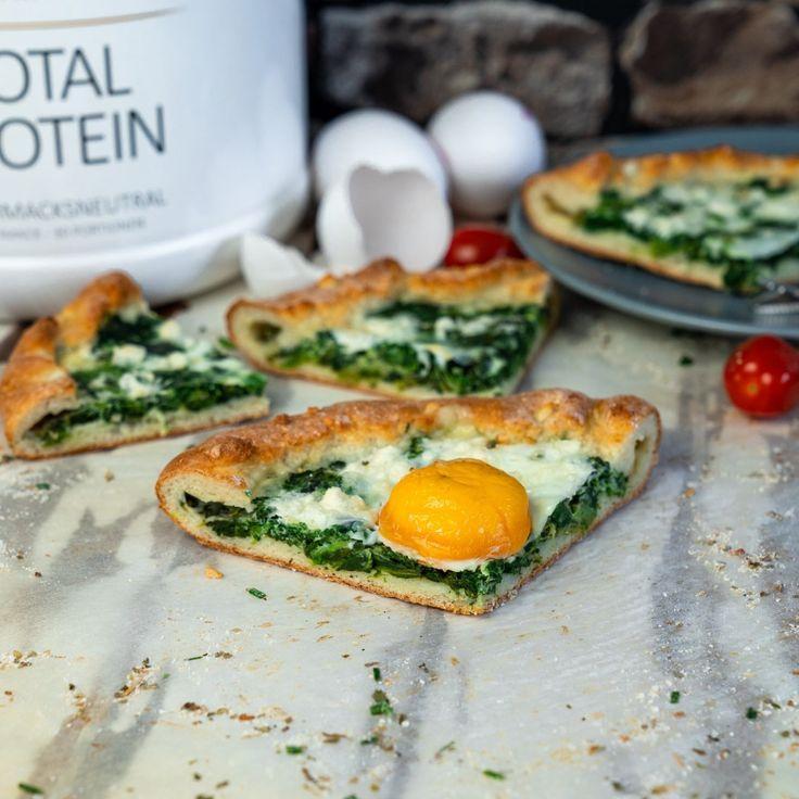 Frühstückspizza   Protein Pizza mit Ei, Spinat & Feta