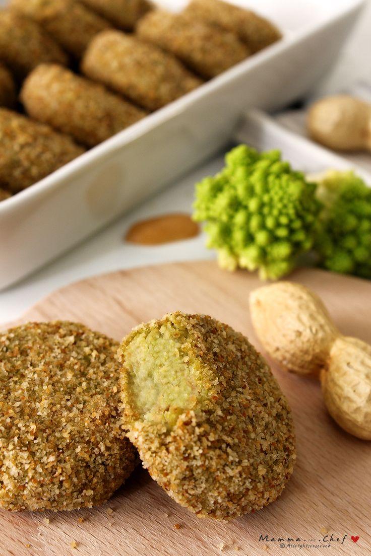 Le Polpettine di cavolfiore e semi di arachidi sono un finger food nutriente, gustoso e semplice da preparare. Senza uova.
