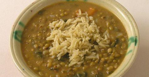 Mungo verde. Potaje de judías mungo (soja verde) con arroz