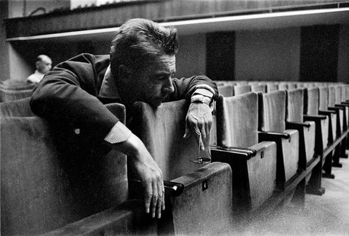"© Erich Lessing, 1957, Herbert von Karajan, Lucerne  ""If I tell the Berliners to step forward, they do it. If I tell the Viennese to step forward, they do it, but then they ask why."" (H. v. Karajan, on why he preferred conducting the Berlin Philharmonic to the Vienna Philharmonic)"