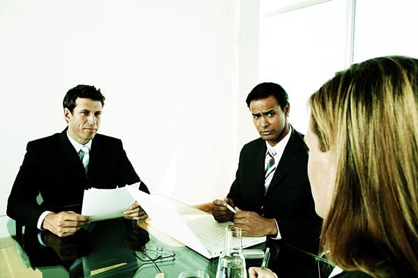 The Eight Worst Questions to Ask in an Interview... kind of a no brainer