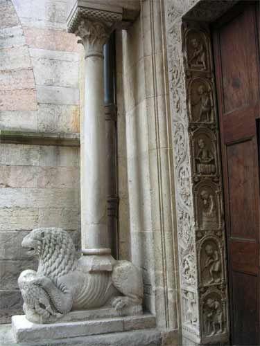 Il Duomo di Modena - fianco sinistro