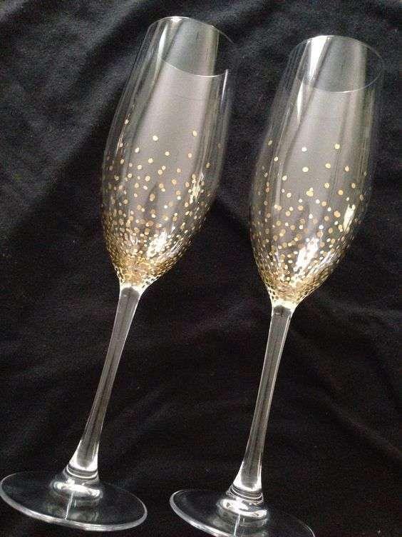 Copas de boda: fotos ideas - Copas de cristal pintadas en dorado