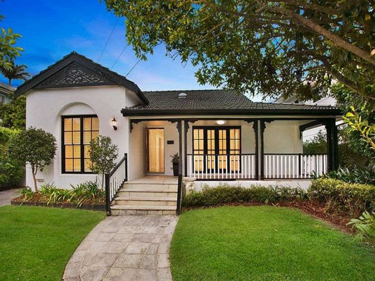 Beautiful Home Which Has Plenty Of Curb Appearl In Collaroy Sydney Beautifulhomes Curbappeal