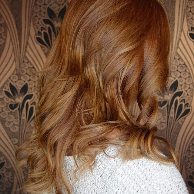 The team at Hair by Museo in Mount Lawley have done extensive training in Balayage and have been applying this style of colour for a few years now, giving us the know how and expertise to transform and update our client's colour. Book into the Hair by Museo online for a beautiful balayage colour or call the salon at any time on 08 9371 2299.   #hairbymuseo #perthhair #perthbalayage #perthhairdresser #mountlawley #balayage #balayagecolour #perthbalayagespecialist #perthhair #perthhairsalon