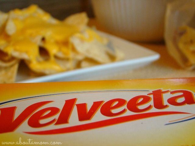 CrockPot Cheesy Chicken Spaghetti with Velveeta