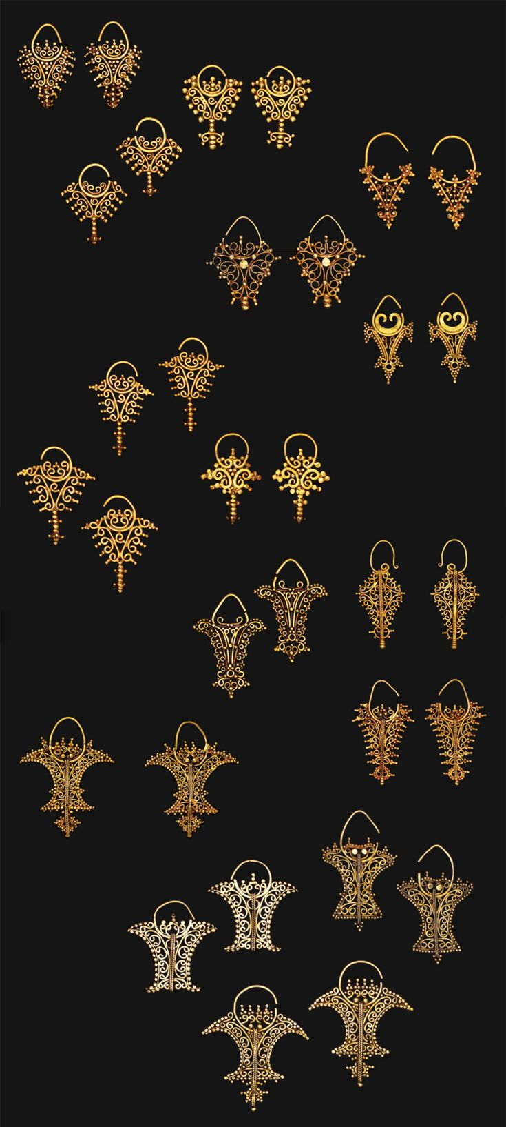 Indonesia ~ Tanimbar, Southeast Maluku | Openwork filigree earrings ~ 'kmwene' ~ gold | 18th - 19th century | Source: 'Gold Jewellery of the Indonesian Archipelago', page 80 and 81