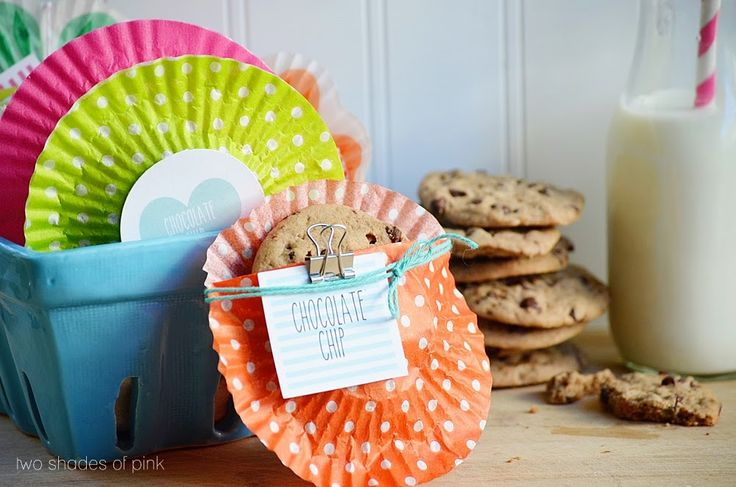 cupcake liner cookie pouches from Two Shades of Pink