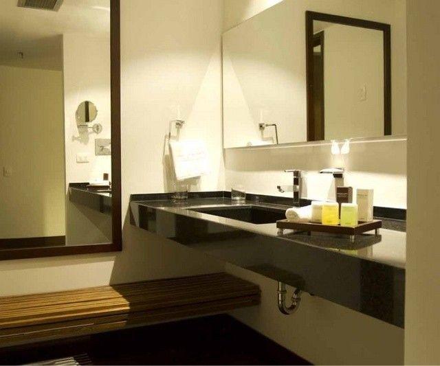 Oltre 25 fantastiche idee su panca da bagno su pinterest - Arredare bagno quadrato ...