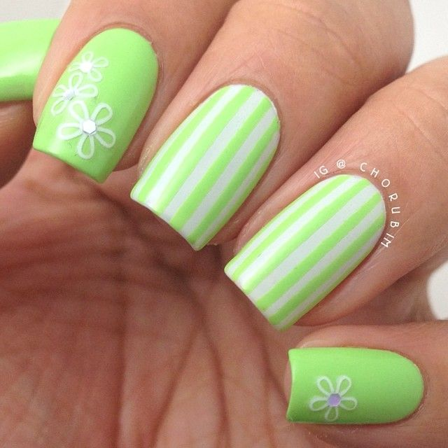 """""""@bonitacolors 'Pear Me Up' is a light yellow-toned green that is just a touch less bright than it photographed here. This is 3 coats plus topcoat, with…"""""""