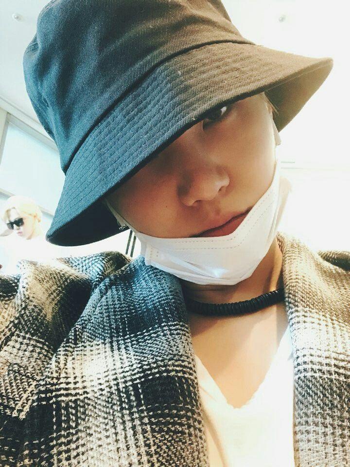Suga ❤ [BTS Trans Tweet] 얍얍 / Yap yap (엽엽.. BTS are Heading To Los Angeles for the AMAs) #BTS #방탄소년단