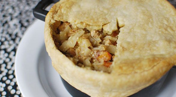 Pad Thai Pot Pie