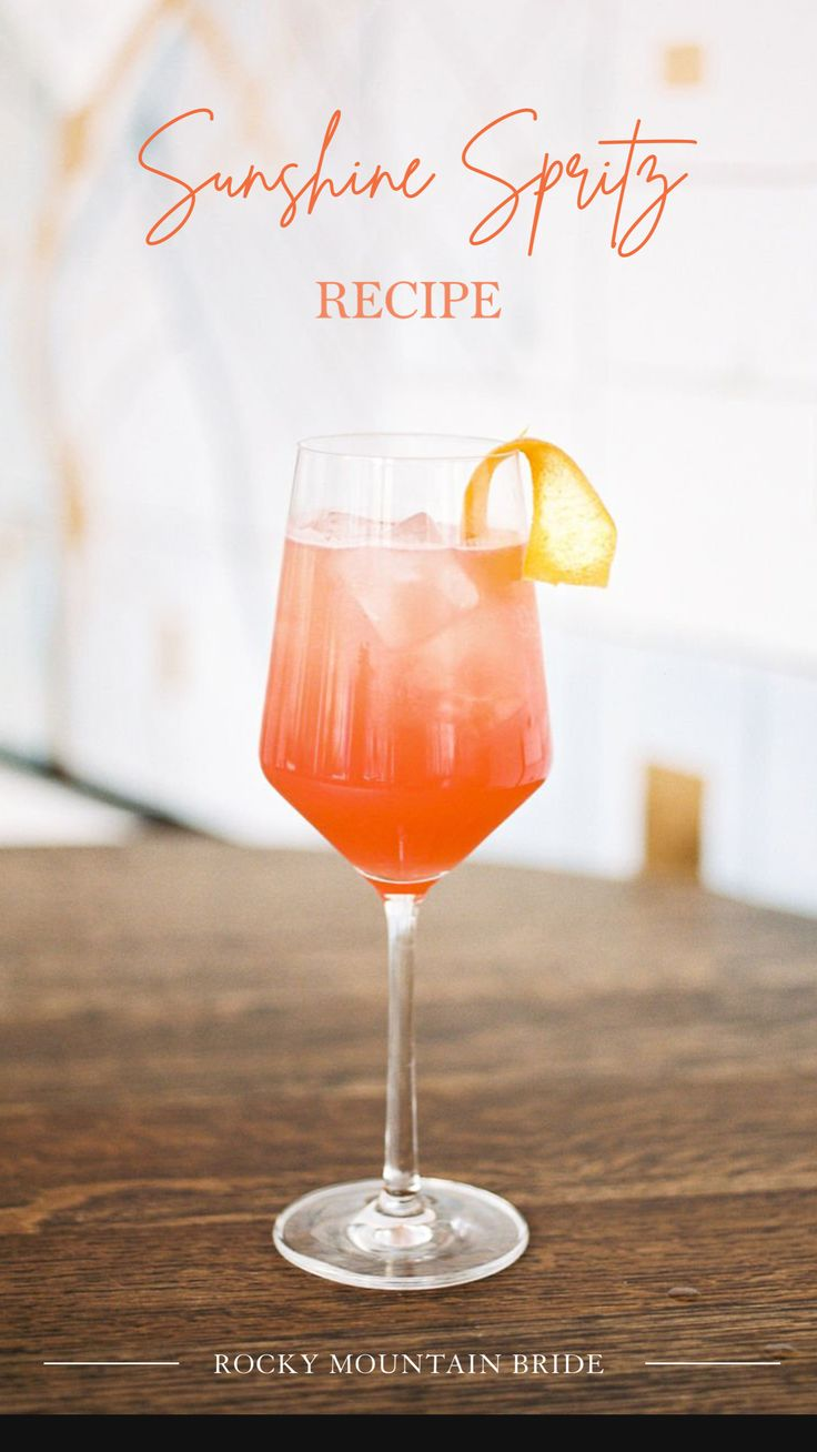 Easy Cocktails, Classic Cocktails, Cocktail Drinks, Cocktail Recipes, Alcoholic Drinks, Beverages, Alcohol Drink Recipes, Wine Recipes, Signature Cocktail