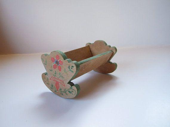 Miniature crib traditional Swedish / / Minicrib por tiendanordica, $22.00