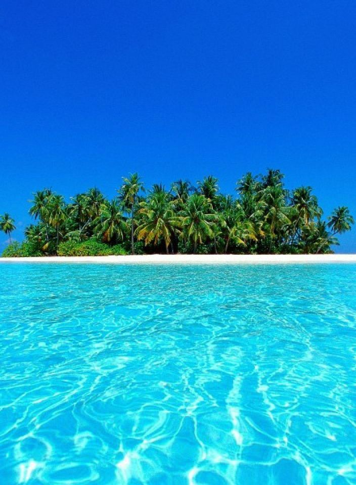 Coral islands, Maldives - 20 sights that will remind you how incredible Earth is (Part 2)