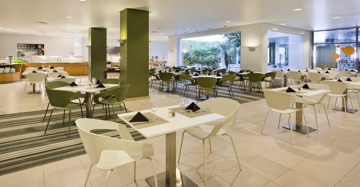 En el mejor apartahotel de Menorca, disponemos de un #buffet con gran variedad gastronómica. #ILUNION #menorca #todoincluido http://www.ilunionmenorca.com/