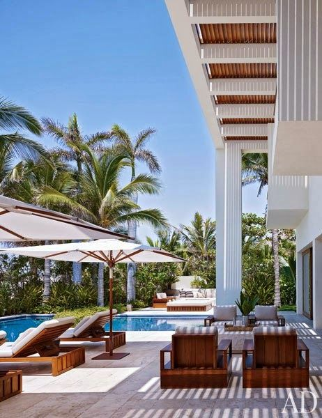 CHIC COASTAL LIVING: Cindy Crawford and George Clooney's Cabo San Lucas Beach Houses pool